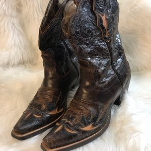 ARIAT Embossed Leather Women's Boots